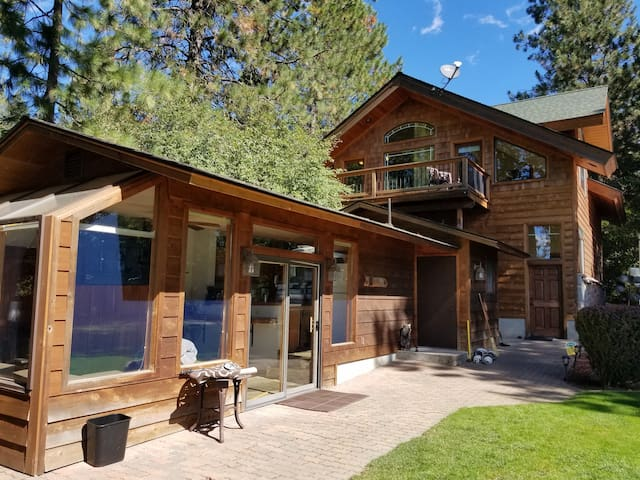 The Waterfront Retreat, Pend Oreille River - Priest River - Huis