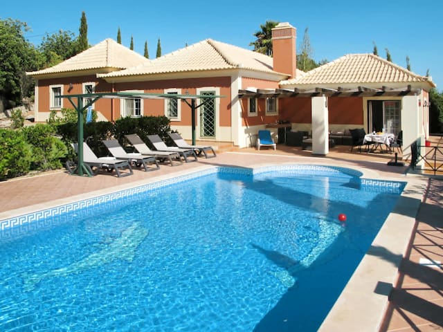 Holiday House Montinho for 6 persons in Loule
