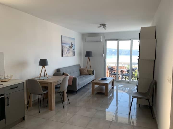 Nyrenovert leilighet i Herceg Novi