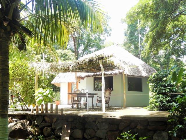 Cabaña Punta Gorda~* lakefront paz - Punta Gorda - House