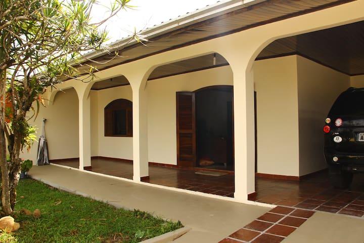 Exelente casa para temporada - Pontal do Paraná - Casa