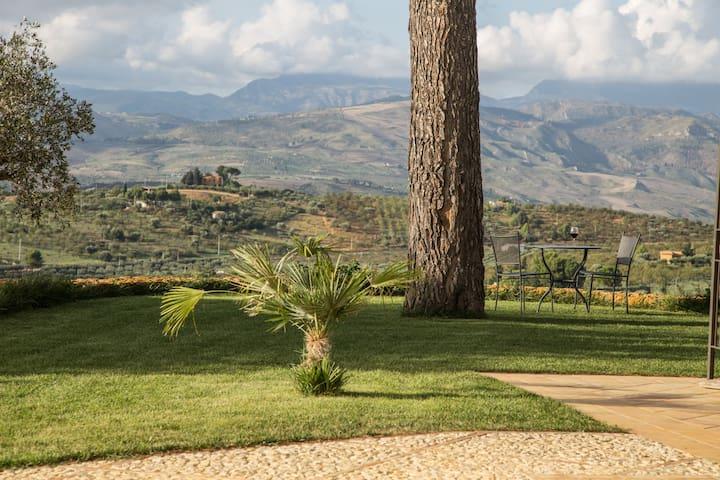 Feudo Muxarello,Natura,Relax e Pace - Aragona - ที่พักพร้อมอาหารเช้า