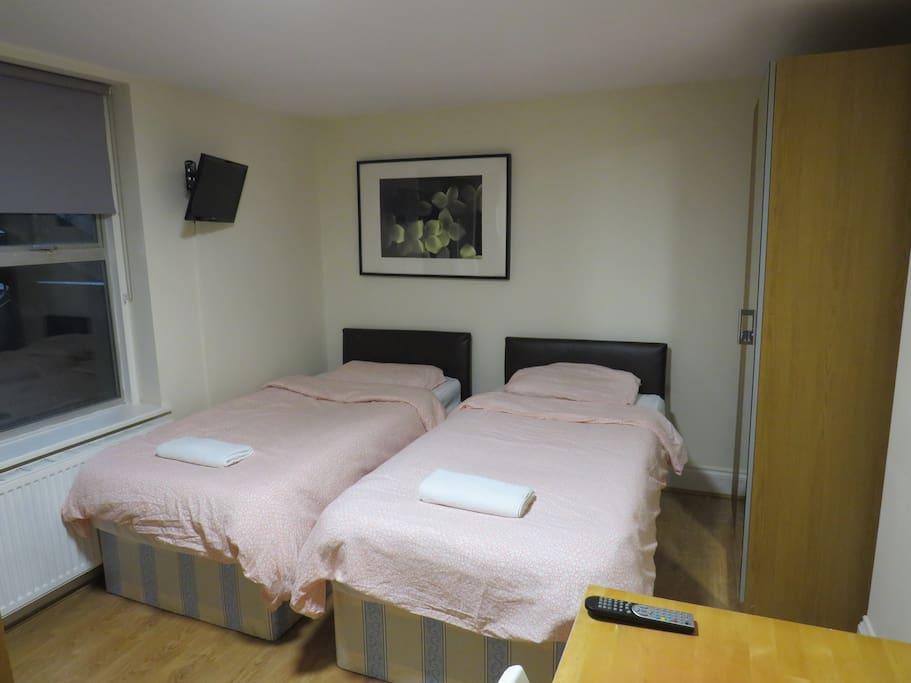 Estudio cerca de hyde park bayswater londres 1d apartamentos en alquiler en londres - Alquilar apartamento en londres ...