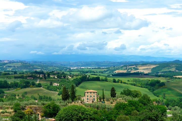 La Chiocciola - Maisonette with Tuscan Panorama
