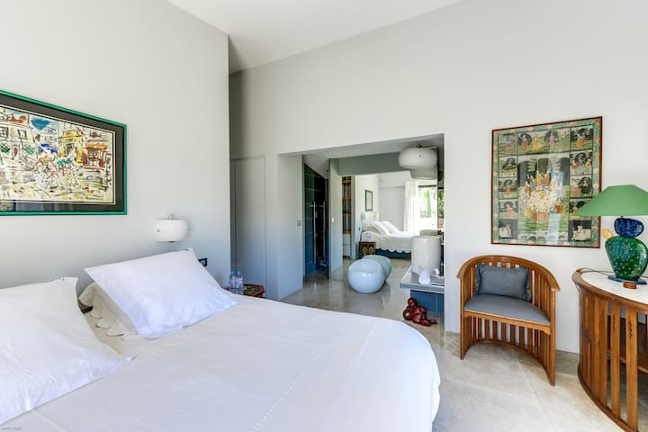 Art lover's villa set in nature - Beaurecueil - Villa