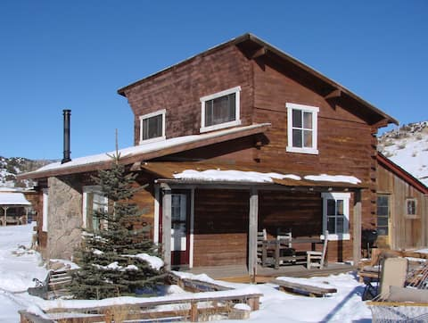 Family Ranch with Guest Cabin