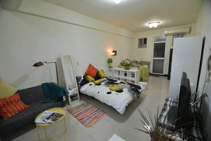 好 Inn-In house 五分鐘到捷運 整層獨立空間 溫馨2~4人房 一分鐘到夜市 (特惠中) - Sanchong District - Apartemen