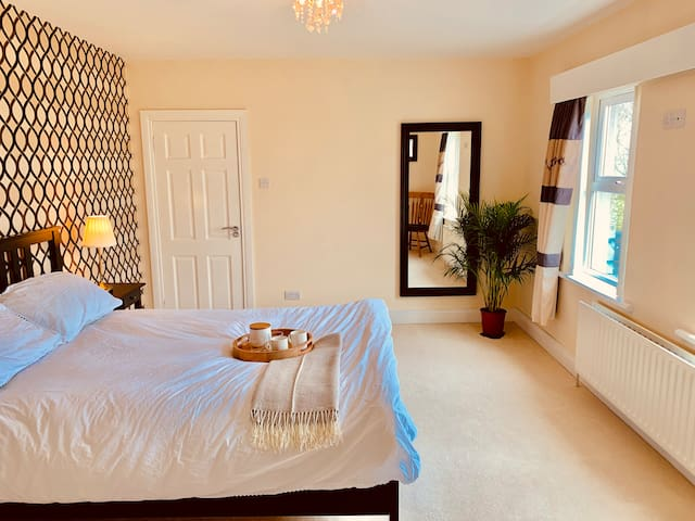 Ballyhome Country House, Portrush (King Ensuite 1)