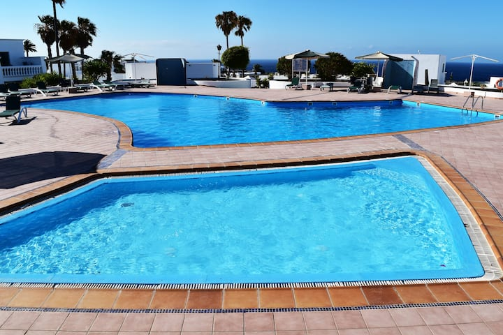 PUERTO DEL CARMEN CENTER with POOL and PARKING