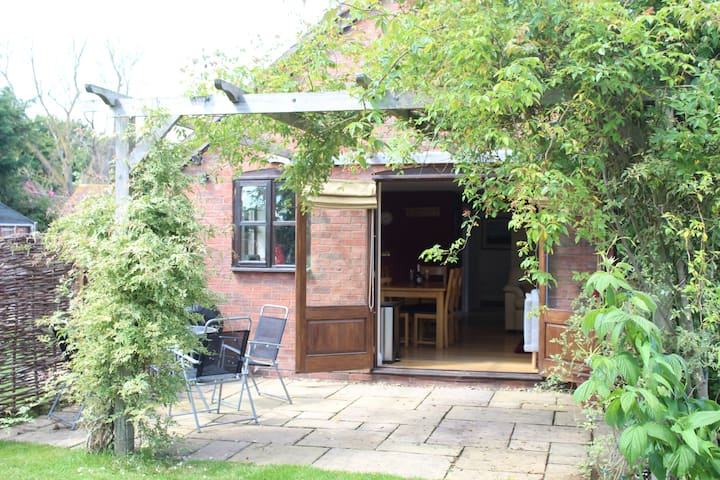 Stables Cottage. A rural retreat for five and pets
