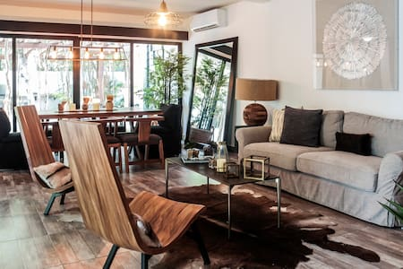Exclusive and Very Private Apartment, Pool&Grill 2