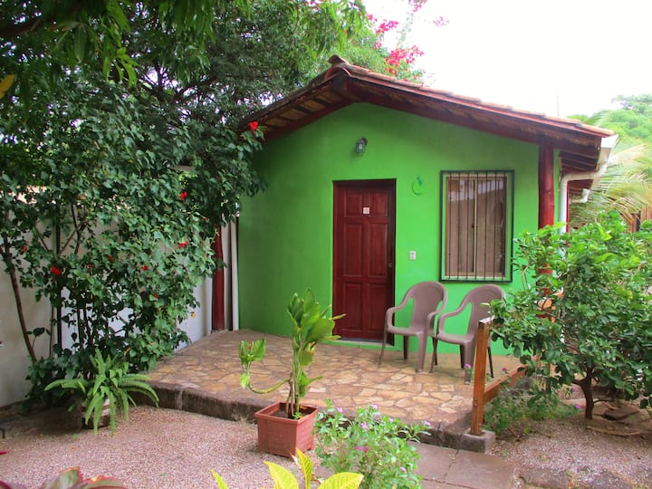 Bungalow Limon 2 persons WIFI & dinner & Pool free