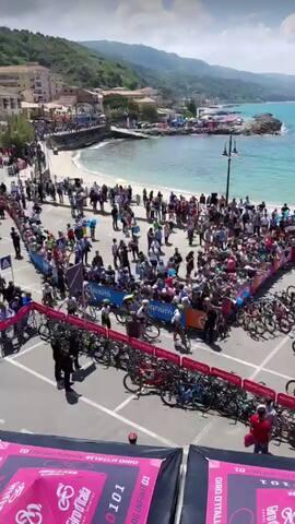 Il giro d'Italia 11 Maggio 2018  parte dalla bellissima Marina di Pizzo