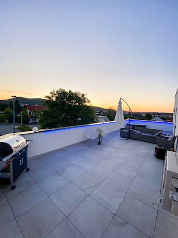 Modernes Penthouse mit Whirlpool/ Edersee