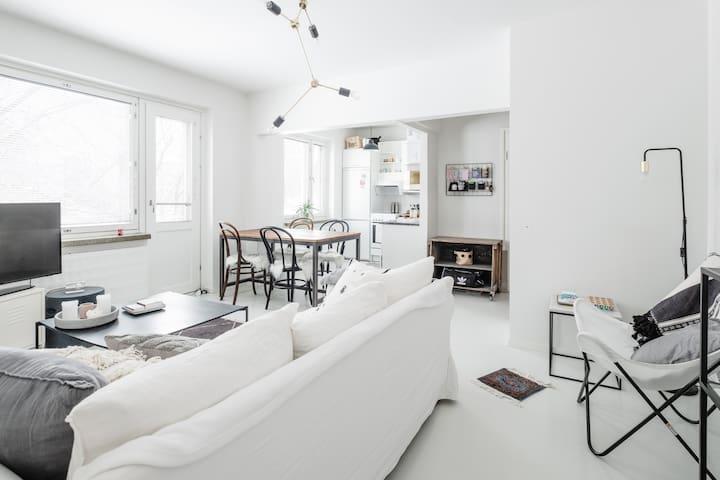 A lovely spacious apartment in Lauttasaari