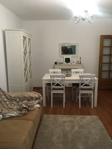 Friendly place-private room in shared apartment