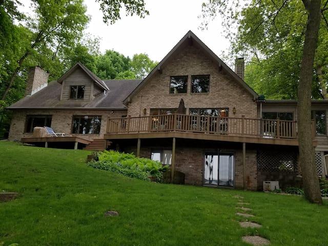 Living Large on Lake Front Luxury