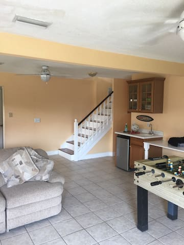 Rivers edge 4 Bedroom getaway - Edgewater - House