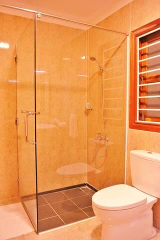 Modern, western standard bathroom.
