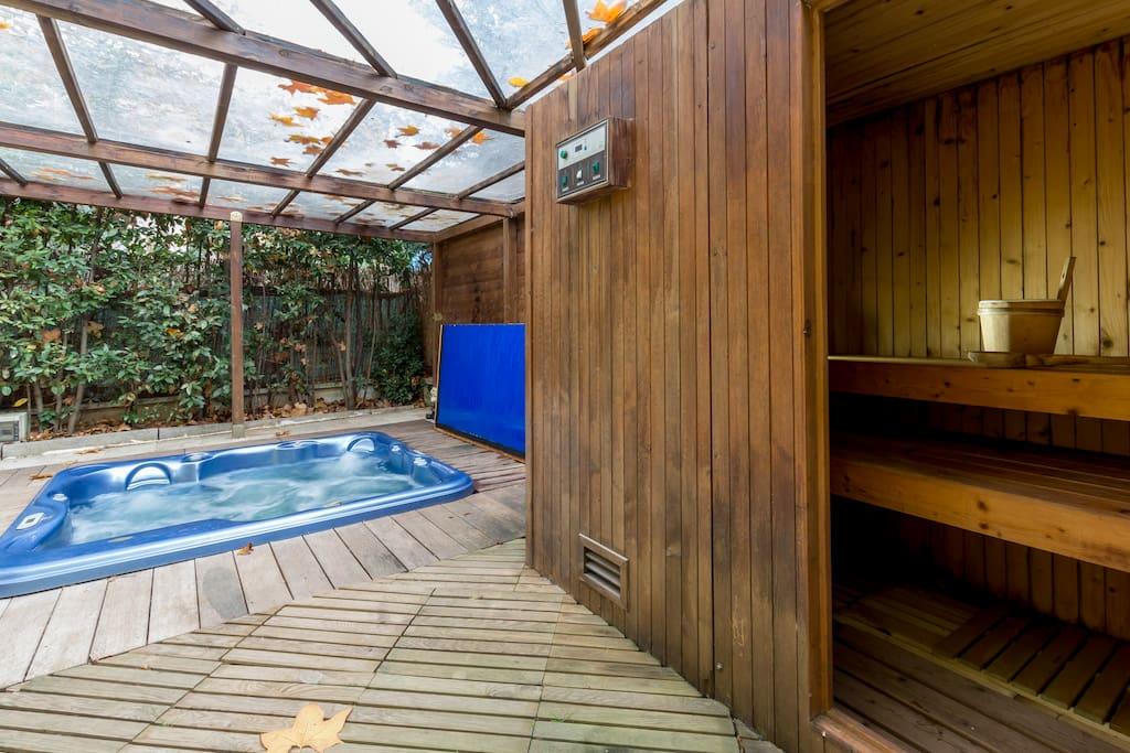 Outdoor Sauna for 3 people
