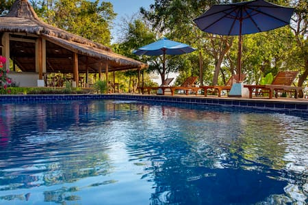 Moyo Island Beach Resort - Room with fan