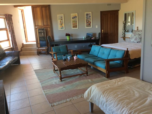 Valley View-spacious well appointed apartment - Knysna - Apartmen
