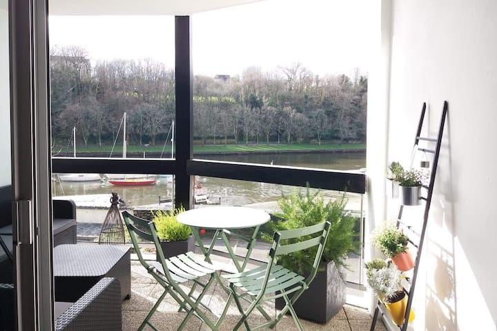 Agréable appartement vue sur le port de St Goustan