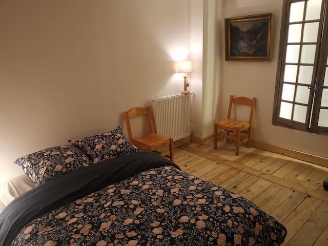Chambre lit 140 cm