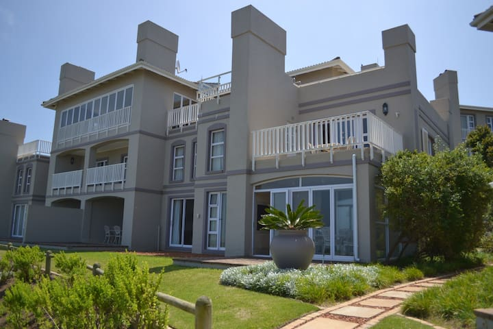 Pinnacle Point Golf Estate - Villa 5.1-GSSA