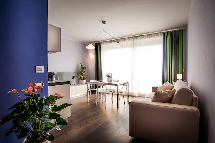 Arc en Ciel, Appartamento Indaco - Cocconato - Lejlighed