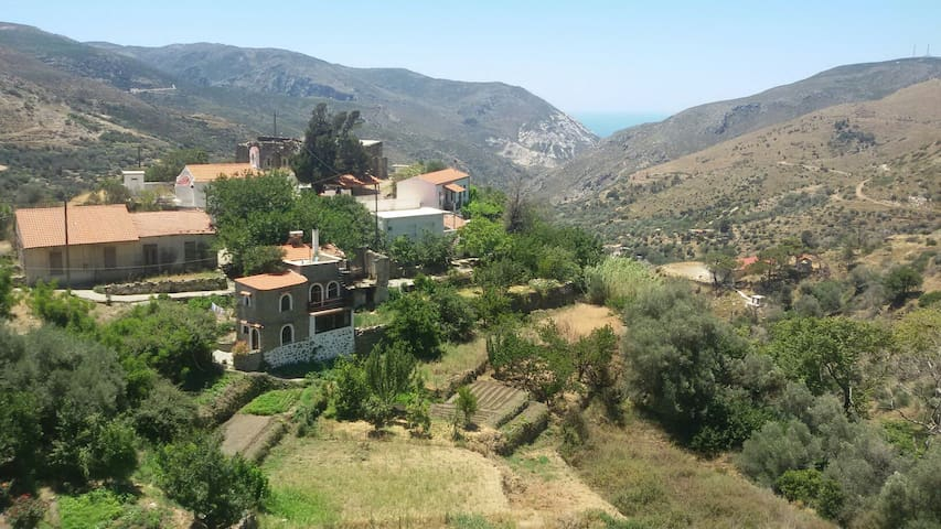 NICE HOUSE TOO CLOSE TO ELAFONISI !!! - Chania - Dom
