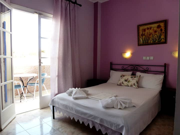 ATALOS SUITES, Room for 2 Guests