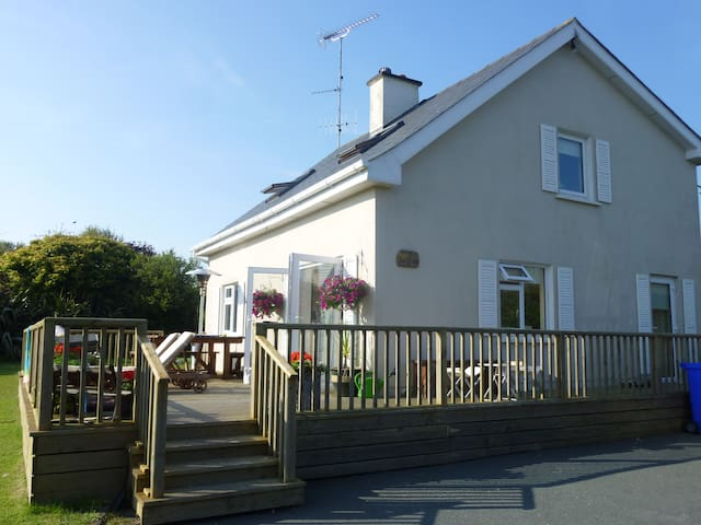 Holiday home in gated development near the coast - Wexford