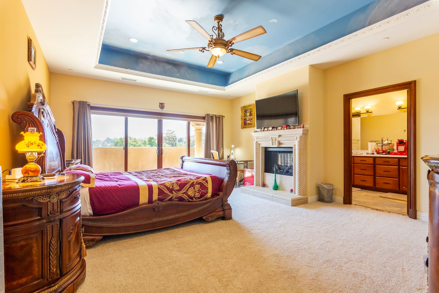 Master Suite with Attached bath and balcony
