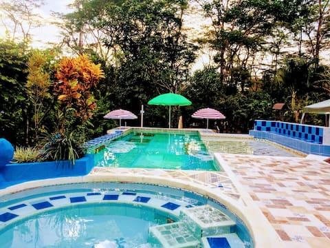 "Casa campestre  ""El Rancho de Valeria"""