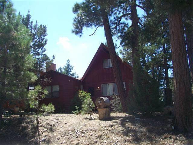 Big Bear Cabin 4U - Close to the slopes! - Big Bear - House