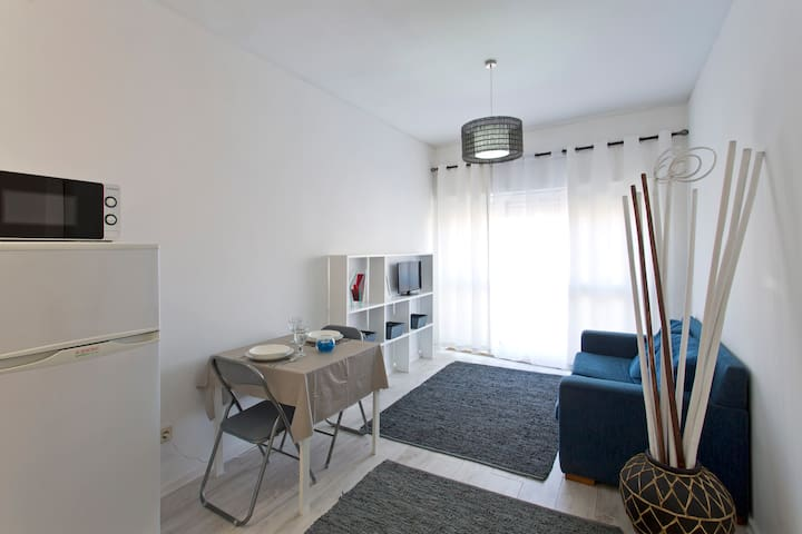 Sunny apartment in city center - Porto - Wohnung
