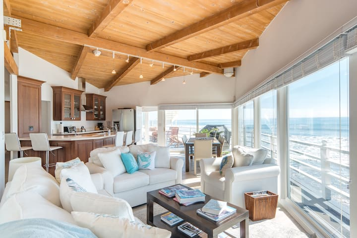 Sea Dreams Malibu Sunny Family Beach House