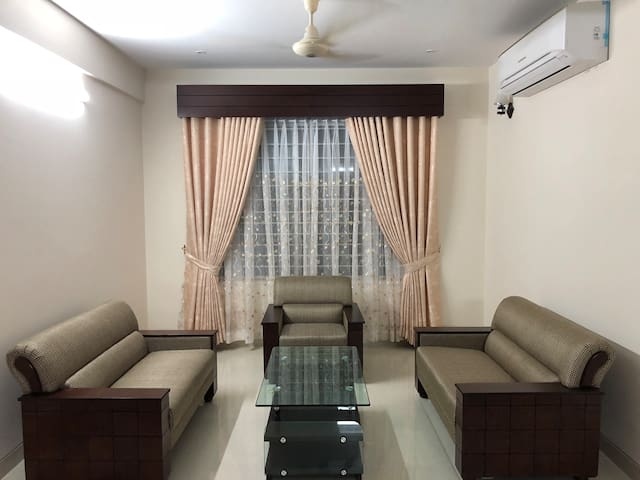 Fully air conditioned 3 BR apartment in Basundhara