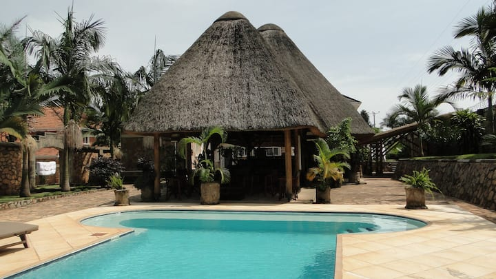 Entebbe Palm Hotel