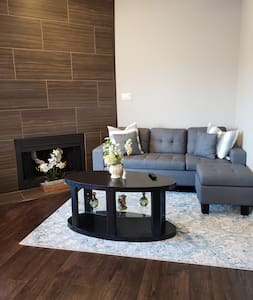 Newly Renovated Condo. Close to DFW Airport!