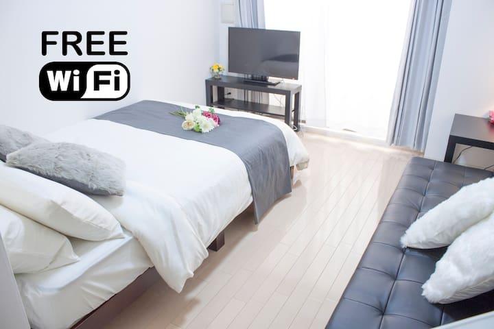 2min NAMBA St, TOP FLOOR, BEST LOCATION, FreeWifi - Naniwa Ward, Osaka - Lägenhet