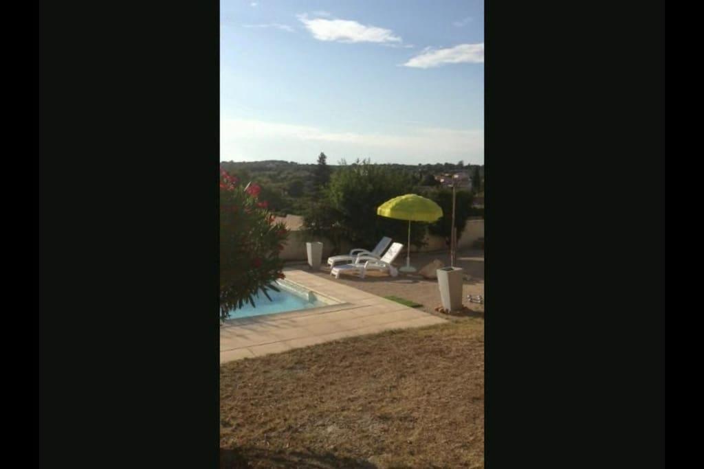 Villa Lentisques - abords piscine