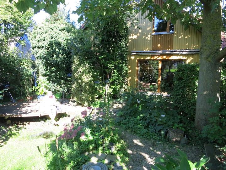 Wohlfühl-Oase im Naturgarten
