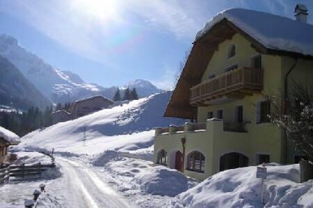 Annaberg apartment 75m from ski slope, 2 bathrooms