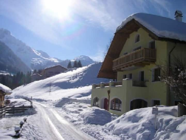 Annaberg apartment 75m from ski slope, 2 bathrooms