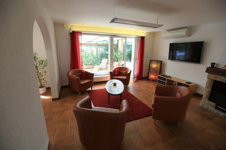 Villa 5 chambres avec piscine intérieure