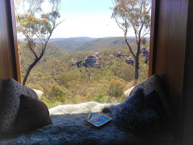 Eco Retreat Valley View Top of the Blue Mountains