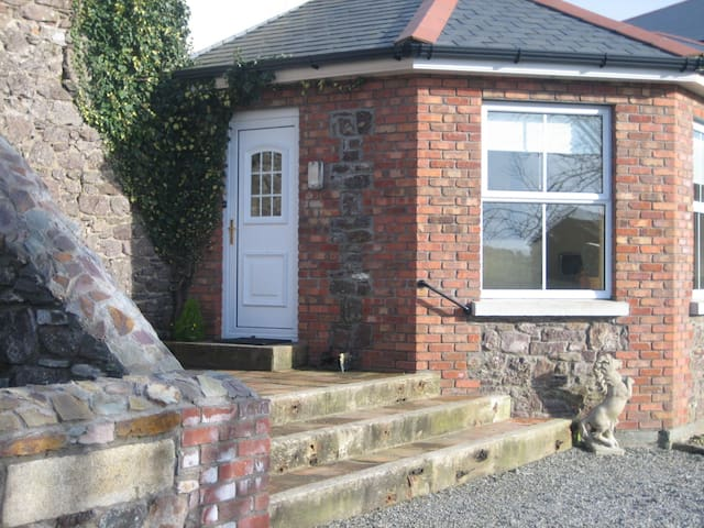 Cosy Country Cottage - Arthurstown - Stuga