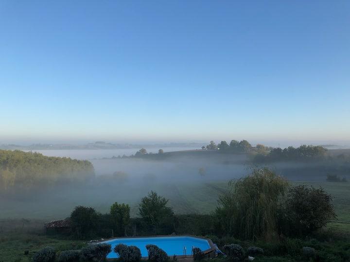 Bohemian Farmhouse + Pool.  Panoramic Views